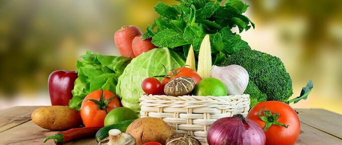 Vegetables_Mushrooms_Onion_Tomatoes